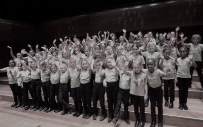 LYC seeks new conductor for Girls' Choir!